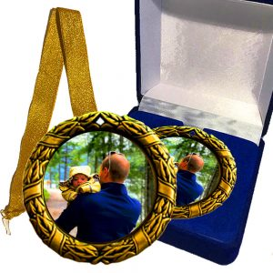 souvenir medal with your photo